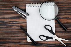 kalkulatora notatników przedmiota biurowy pióro Zdjęcie Stock