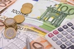 kalkulatora wykresu pieniądze pióro Zdjęcia Stock