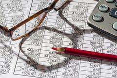 Kalkulatorzy i statistk Zdjęcia Stock
