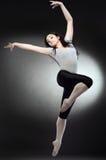 kall dansarekvinna fotografering för bildbyråer