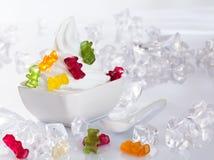 kall efterrätt fryst yoghurt arkivfoton