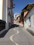 Kall gata i Cascais Royaltyfri Bild