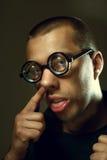 Kall nerd i exponeringsglas royaltyfri foto