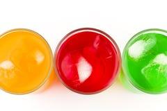 kalla sötade drinkexponeringsglas Arkivbild