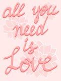 Kalligrafi för hand för affisch för förälskelseaffischbokstäver blommar skriftlig på rosa färger bakgrund, inspirerande citations Royaltyfria Foton