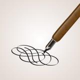 Kalligrafiepen van een draai wordt gemaakt die Royalty-vrije Stock Afbeeldingen