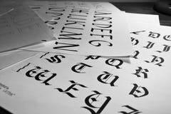 Kalligrafisch geschreven alfabet Royalty-vrije Stock Afbeeldingen