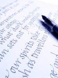 Kalligrafische pen en het schrijven Stock Foto