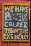 Kallt öl för humoristisk advertizing Fotografering för Bildbyråer