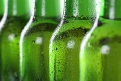 Kallt öl i flaskor Royaltyfri Fotografi