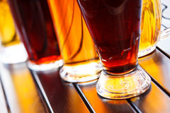 Kallt öl rånar arkivfoton