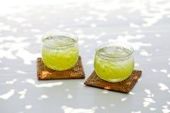 Kallt grönt te Fotografering för Bildbyråer