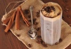 Kallt iskaffe med choklad Royaltyfria Foton