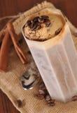 Kallt iskaffe med choklad Arkivbilder