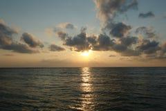 Kalme zonsondergang Stock Foto's