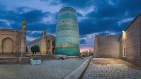 Kalta Minder belangrijke Minaret in Khiva, Oezbekistan stock video