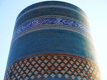 Kalta mindre minaret i Khiva, Uzbekistan Royaltyfria Foton