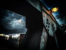 Kalte Brücke mit Weinleselicht Lizenzfreies Stockfoto