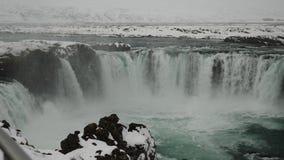 Kalte Godafoss-Wasserfälle in Island 4K stock footage