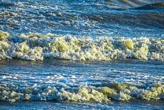 Kalter Meereswellenhintergrund, Abstraktionstapete Lizenzfreie Stockfotografie