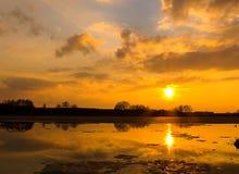Kalter Sonnenuntergang Stockfotos