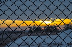 Kalter Sonnenuntergang. Stockbild