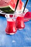 Kalter Wassermelone Smoothie stockfoto