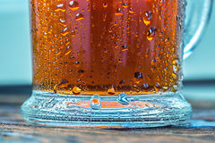 Kaltes Glas gefrorener Tee Lizenzfreie Stockfotos