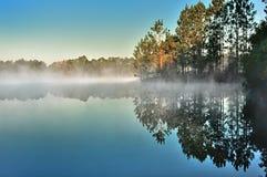 Kaltes Morgen-Steigen Stockfotos