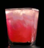 Kaltes rotes Cocktail Lizenzfreie Stockfotos