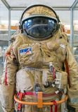 Kaluga, Russie, le 17 septembre 2017 : Combinaison spatiale russe d'astronaute dans le musée d'espace de Kaluga Image libre de droits