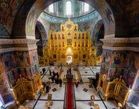 Kaluga Ryssland - Januari 29, 2017 Den kyrkliga domkyrkan Kaluga för helig Treenighet fotografering för bildbyråer