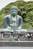 Kamakura, Giappone - 6 maggio 2014: Il grande Buddha (Daibutsu) sulla t Fotografia Stock Libera da Diritti