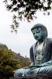 KAMAKURA JAPAN, NOVEMBER 14, 2015: KÅ- toku-i Buddistisk tempel w Royaltyfria Foton