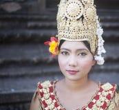 Kambodżański dama tancerz Kambodża Siam przeprowadza żniwa Zdjęcia Royalty Free