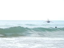 Kambodża, morze, fala, lato, łódź rybacka Fotografia Royalty Free