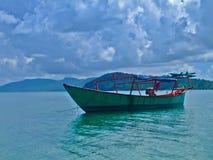 Kambodjansk trålare sihanoukville Arkivfoto