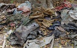 Kambodscha-Tötung-Felder - Opfer-Kleidung Stockfotografie