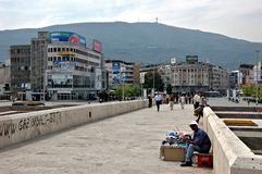 Kamen Host Bridge, Skopje, Macedonië Stock Fotografie