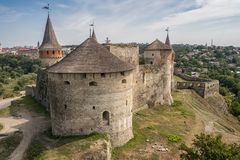 Kamenec-Podolskiy市,乌克兰老城堡视图  免版税库存照片