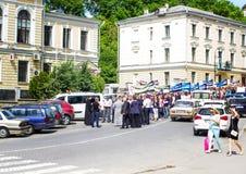 Kamenetz-Podolsk ucrania 28 de mayo 2017 Desfile festivo de la gente Imagenes de archivo