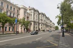 Kamennoostrovsky-Allee an einem Sommer-Tag in St Petersburg Lizenzfreies Stockbild