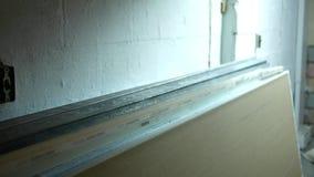 Kamer niecki zestrzelają pleśnieć odpornego drywall blisko suterenowego pracy miejsca zbiory
