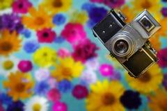 Kamera der Weinlese-35mm SLR Altes Foto Lizenzfreie Stockbilder