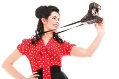 Kamera för kvinna för amerikansk stil för utvikningsflicka retro Royaltyfria Bilder
