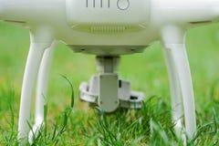 Kamera 4k unter einem quadrocopter Lizenzfreie Stockfotos