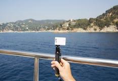 Kamera på en monopod Fotografering för Bildbyråer