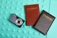 Kamera pass på texturerad bakgrund Royaltyfria Foton