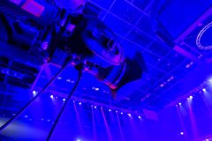kamera som fäster professionellvideoen för digital bana ihop Fotografering för Bildbyråer
