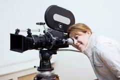 kamera som ser den gammala filmen Royaltyfri Foto